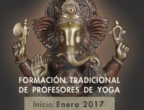 FORMACIÓN TRADICIONAL DE PROFESORES DE YOGA